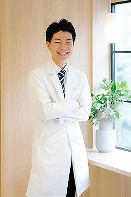 歯科医師髙野の写真